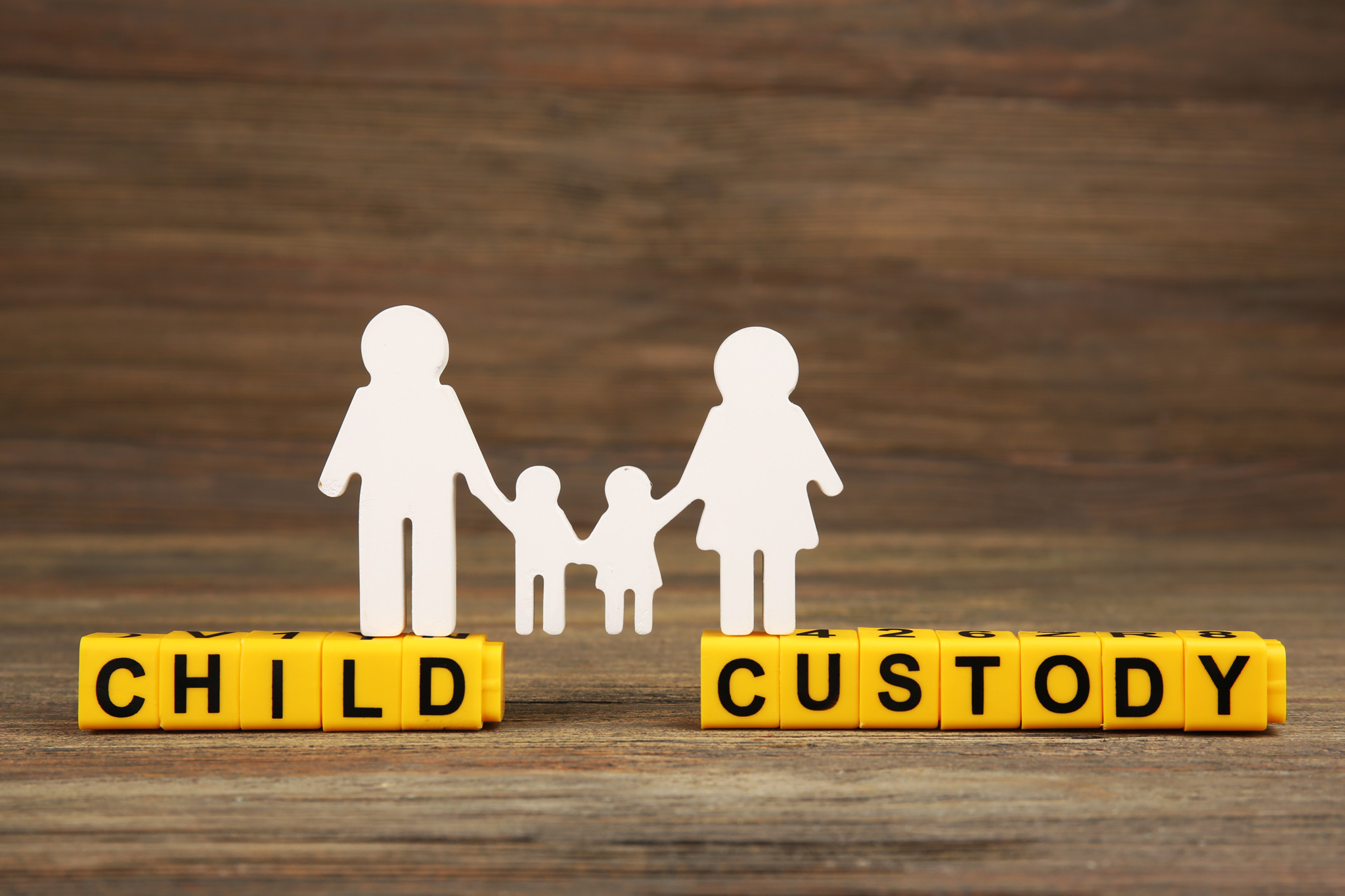An analysis of the child support issues for custodial mothers and fathers